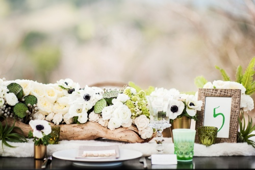 Simple Spring Centerpiece and table arrangement